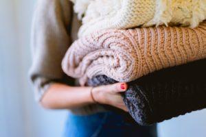 ウール(毛)のチクチクは正しい予防で改善!特徴を知って虫食い・毛玉も対策
