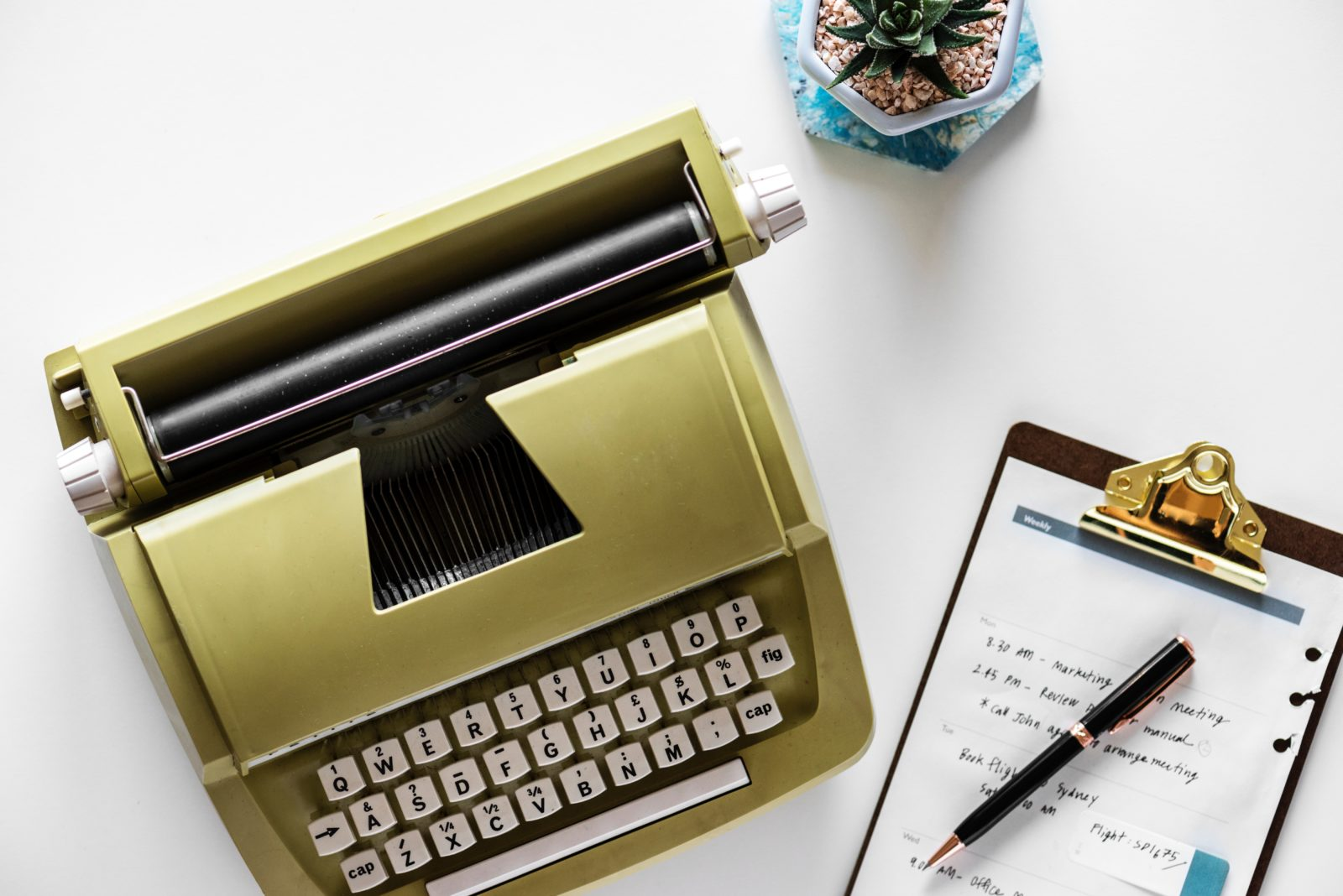 タイプライターとメモ
